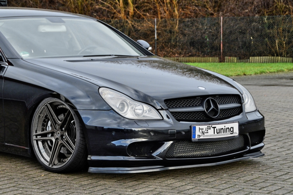 CUP Frontspoilerlippe für CLS 219 CLS55 AMG CLS 63AMG Bj. 2004-2010
